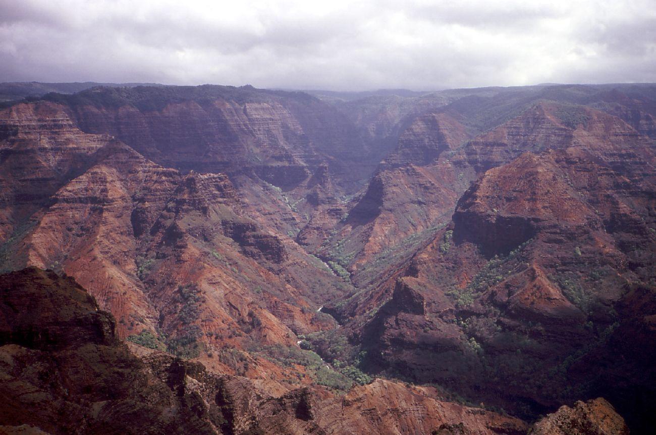 hawaii canyon