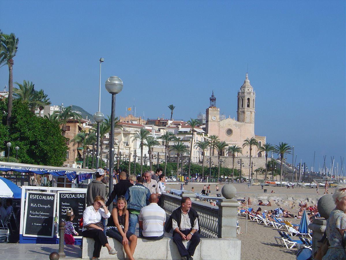 the coast line barcelona