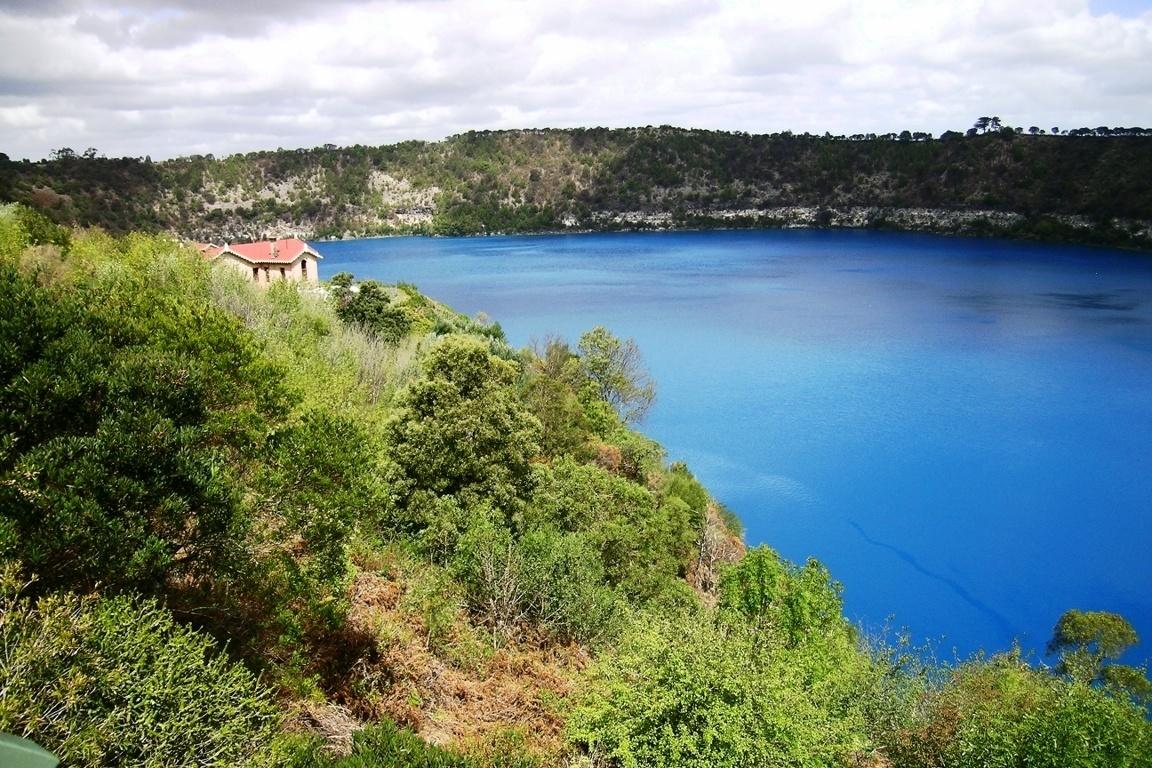 blue lake near mount gambier south australia