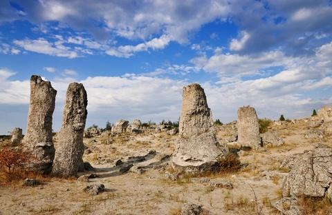 pobiti kamani stone forest varna