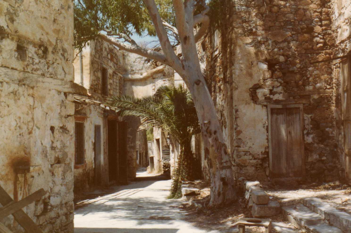 crete warmest island